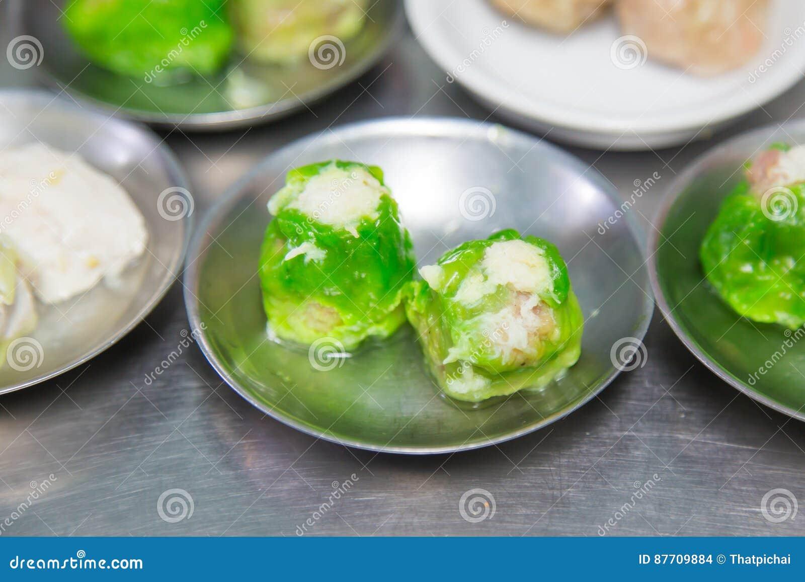 Dimsum dans la plaque d acier, nourriture chinoise