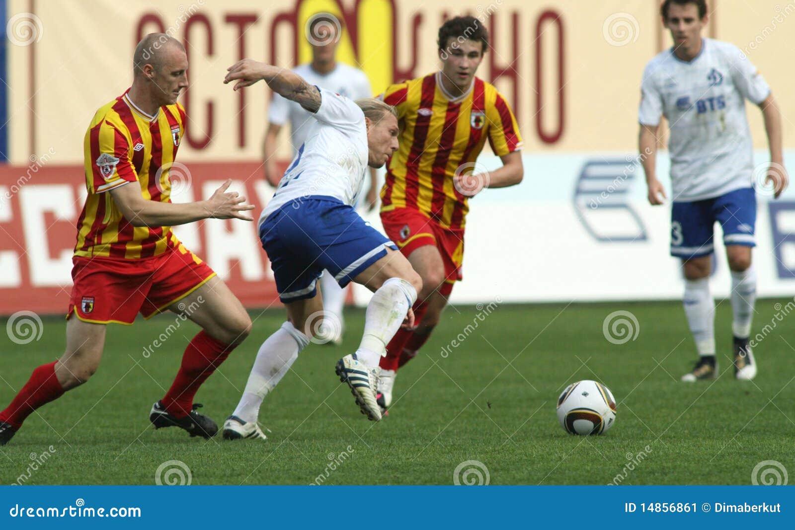 Dinamo (Moscow) beats Alania (Vladikavkaz) - (2:0)