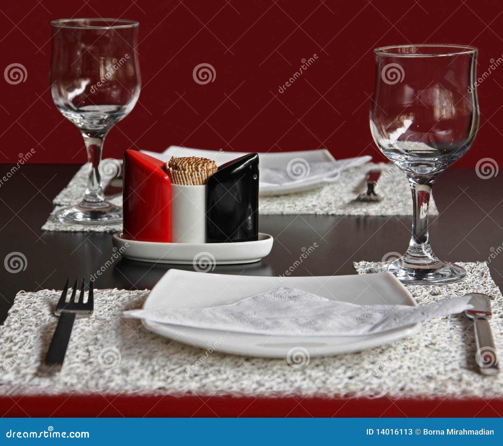 Diner voor twee in het restaurant stock foto 39 s afbeelding 14016113 - Ch amber voor twee ...