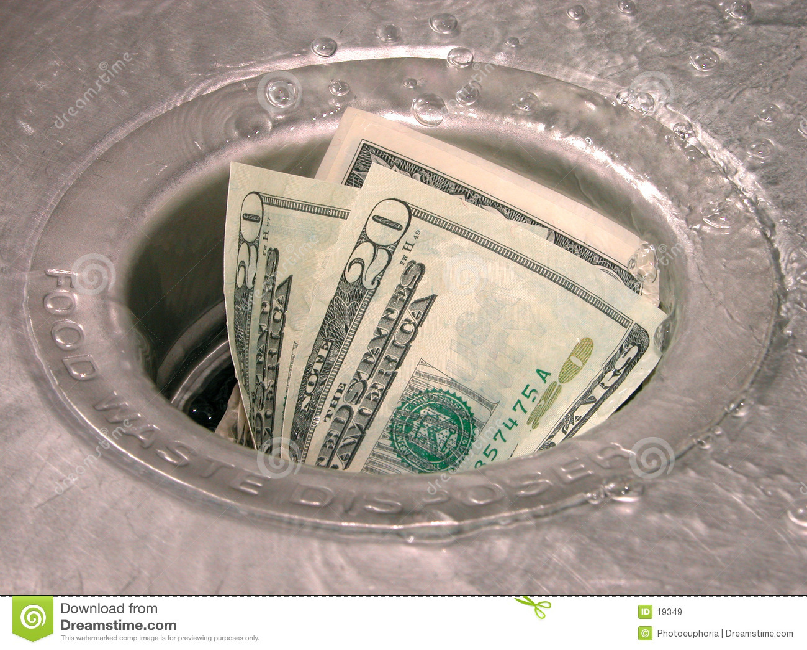 Dinero abajo del dren