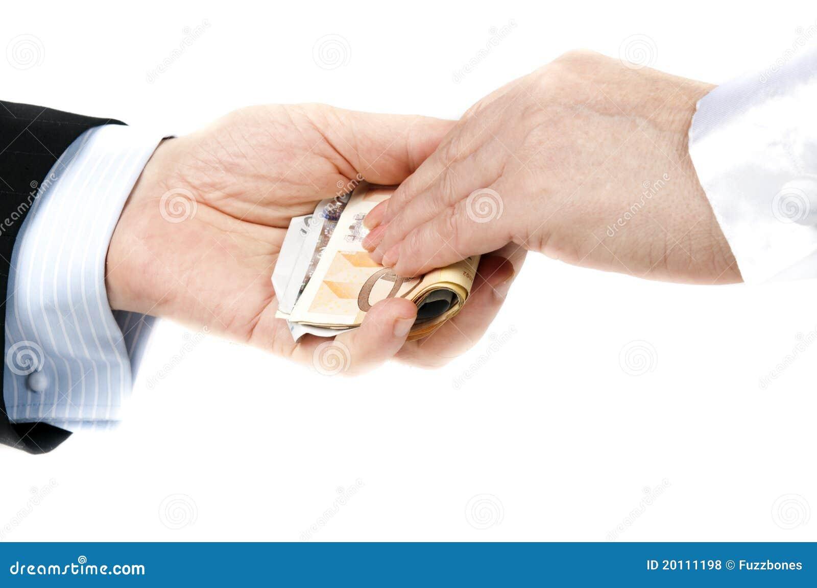 Dinero de la toma