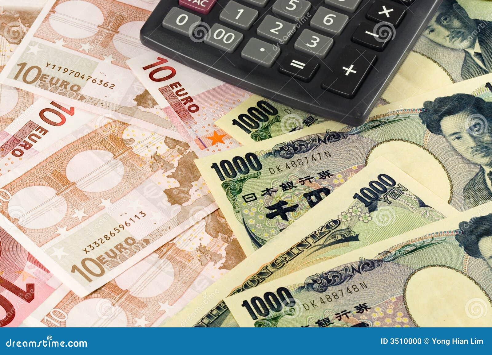 Dinero en circulación euro y japonés