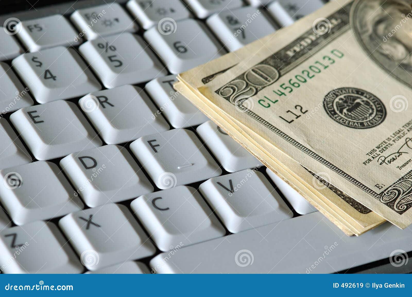 Dinero en un teclado