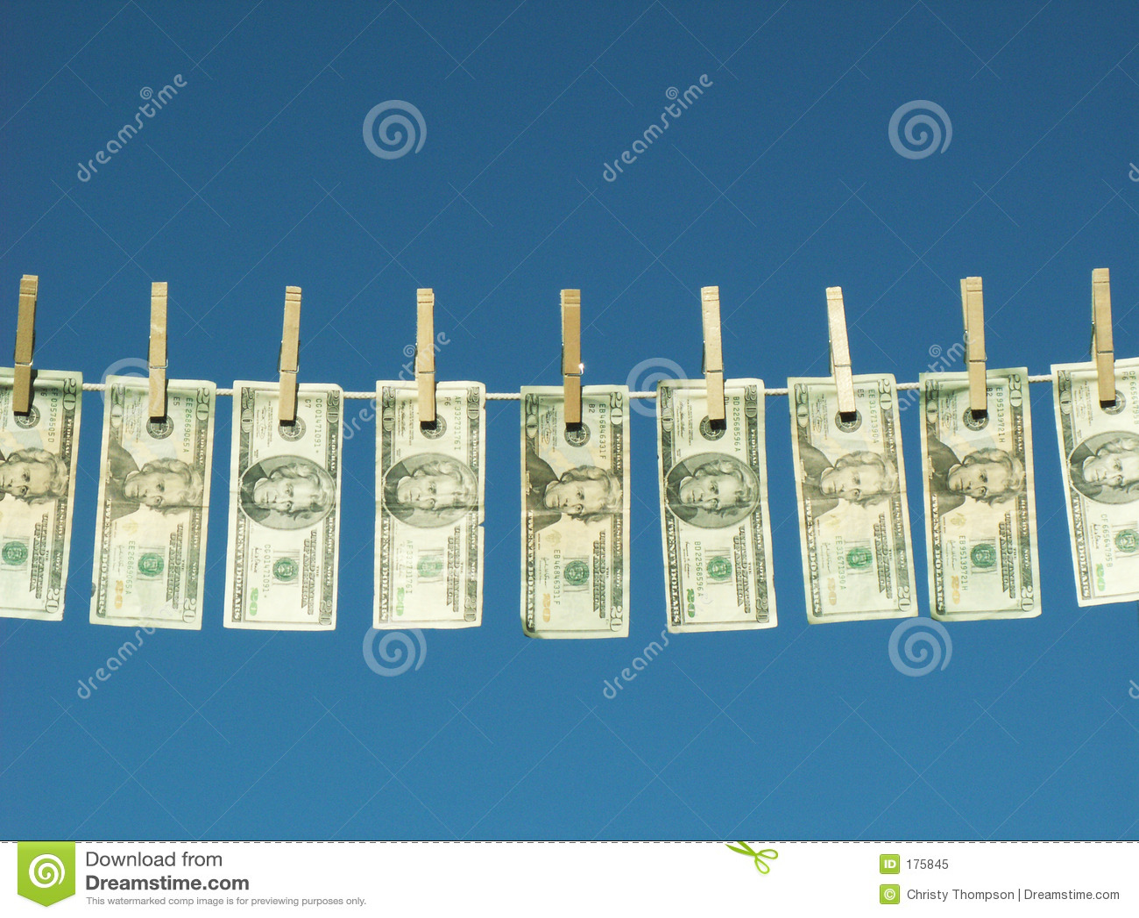 Dinero lavado planchado