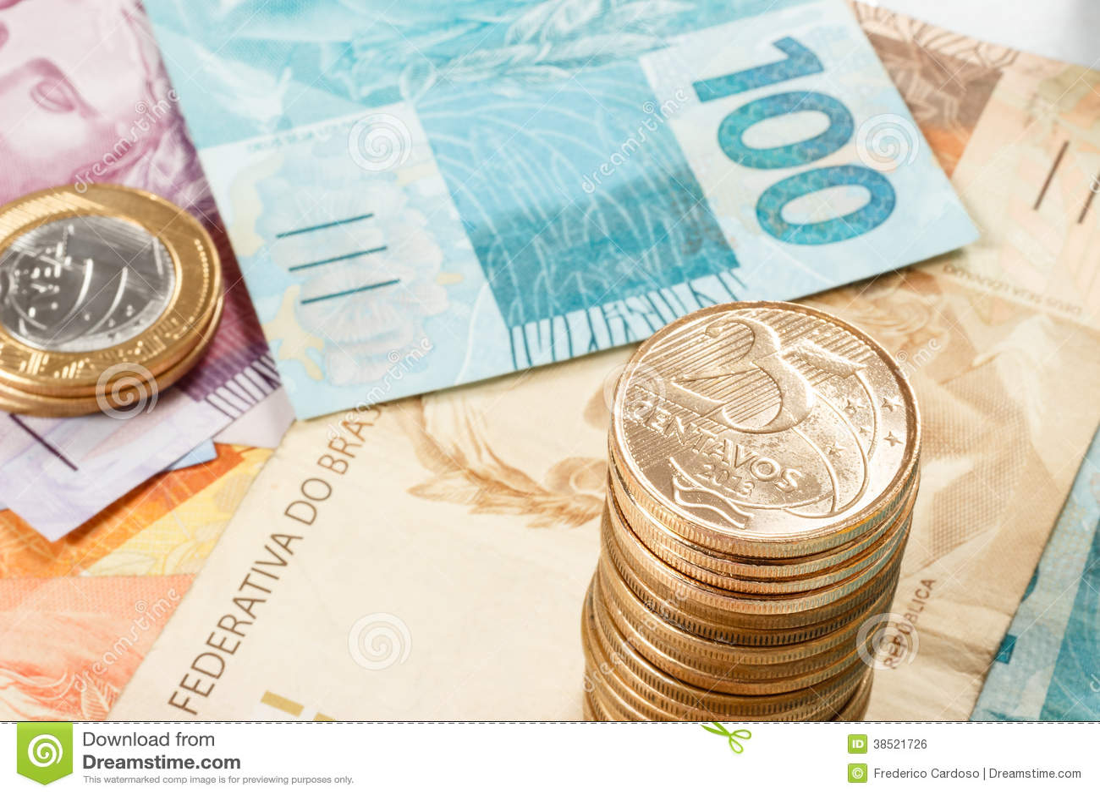 Dinero real brasileño