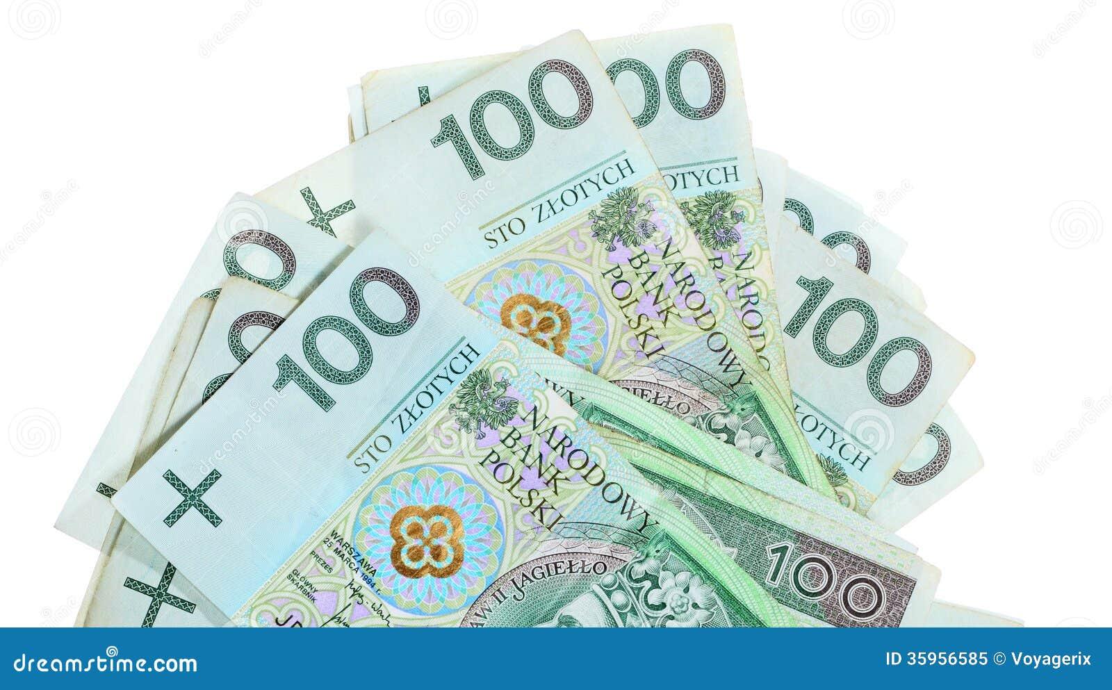 Dinero y ahorros. Pila de billetes de banco del zloty del pulimento 100 s