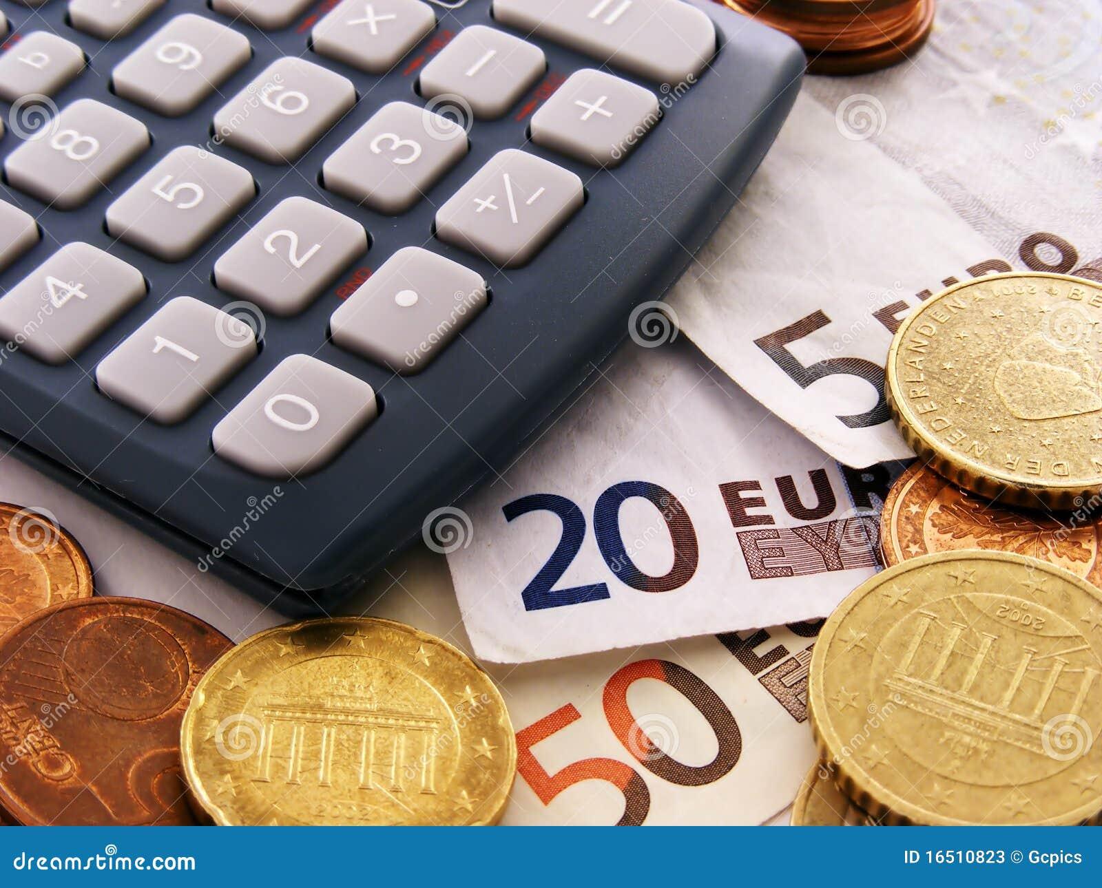 Dinero y calculadora euro