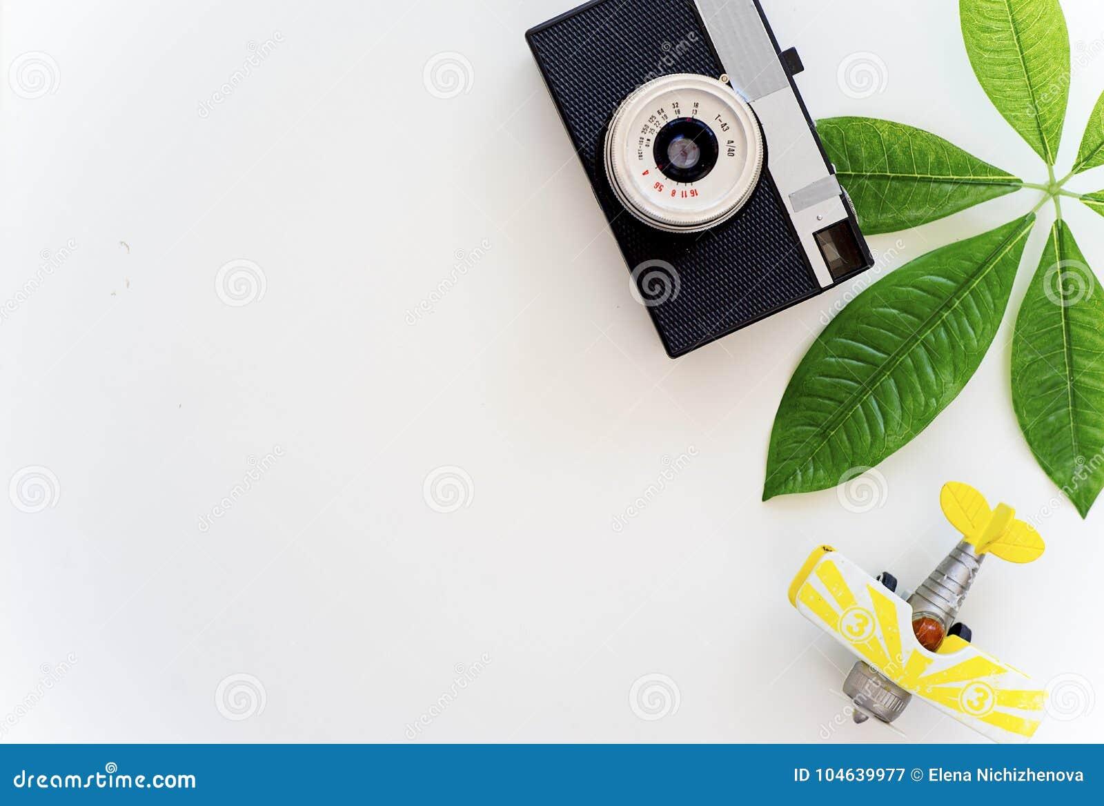Download Dingen voor het reizen stock afbeelding. Afbeelding bestaande uit mens - 104639977