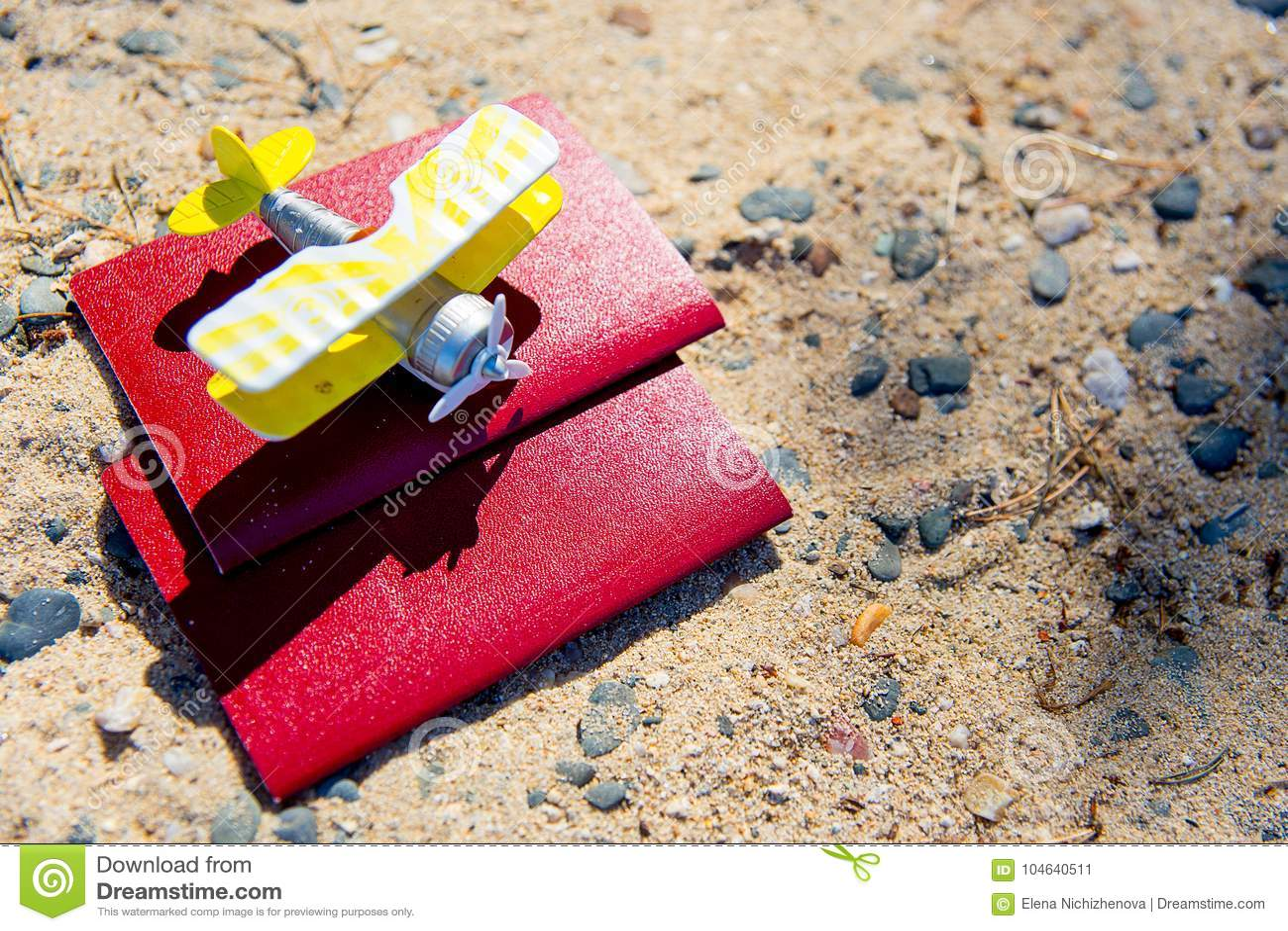 Download Dingen voor het reizen stock afbeelding. Afbeelding bestaande uit mens - 104640511