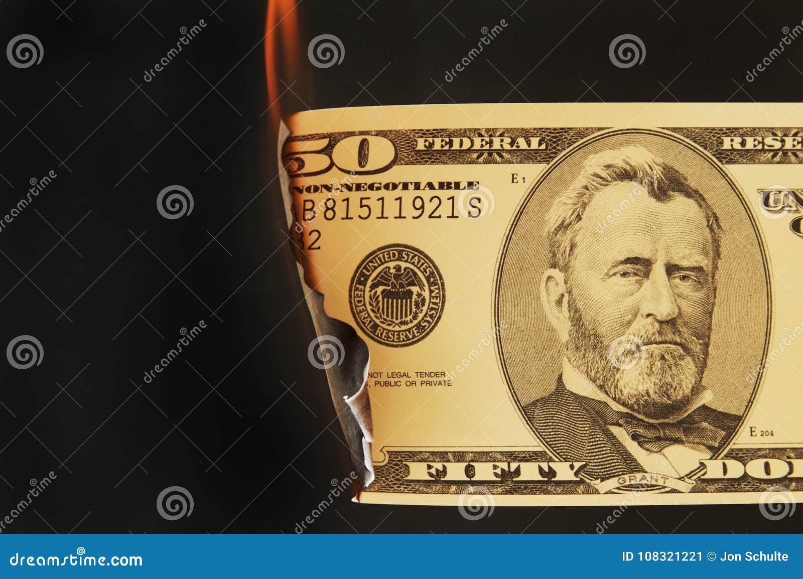 Dinheiro dos E.U. no fogo