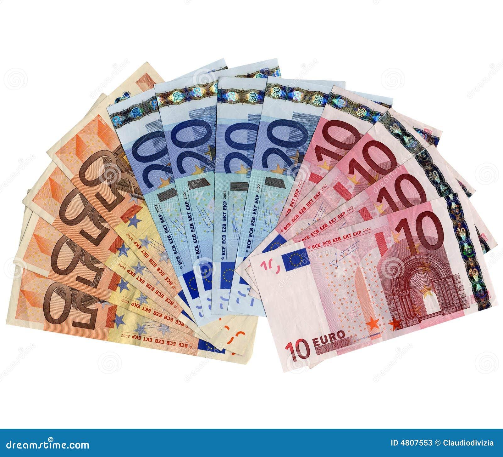 O Real é a moeda corrente oficial da República Federativa do Brasil. [4] Após sucessivas trocas monetárias, o Brasil adotou o real em 1 de julho de , que, aliado à drástica queda das taxas de inflação, constituiu uma moeda estável para o país.