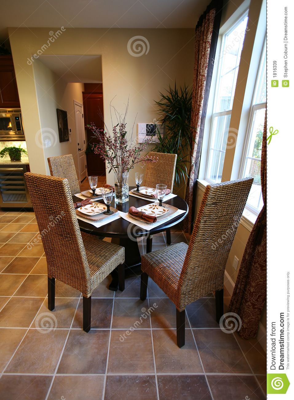 Dining and Kitchen Interior