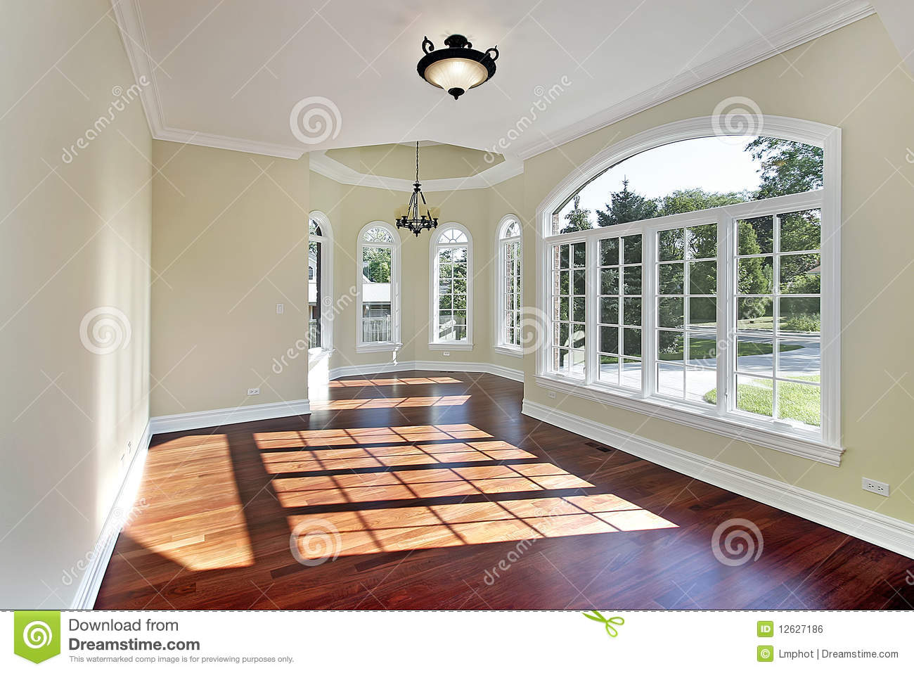 Living Room With Cherry Wood Flooring Stock Images Image 21076624