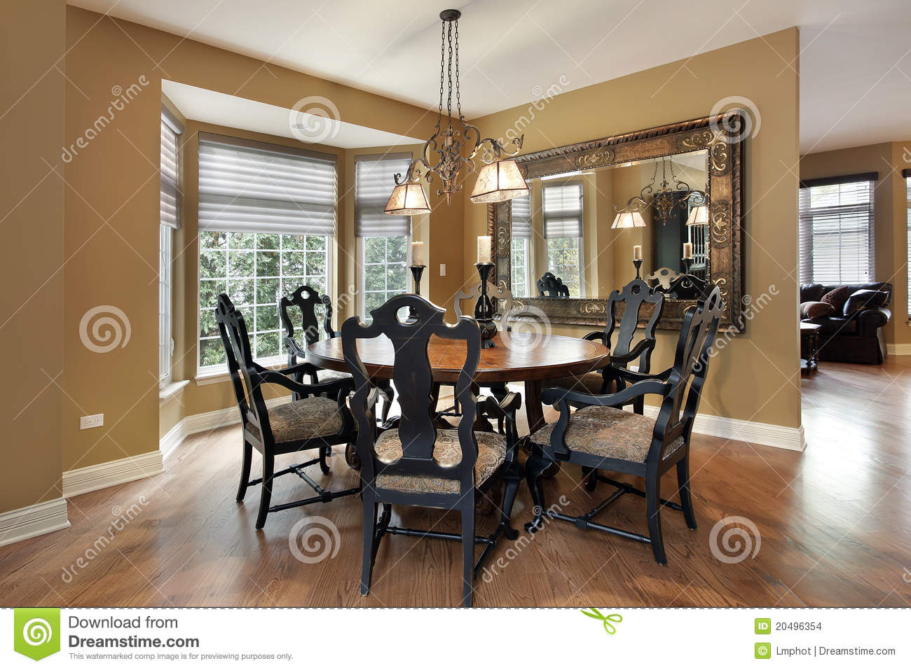 Dining Room With Gold Walls Stock Photo - Image of supper ...