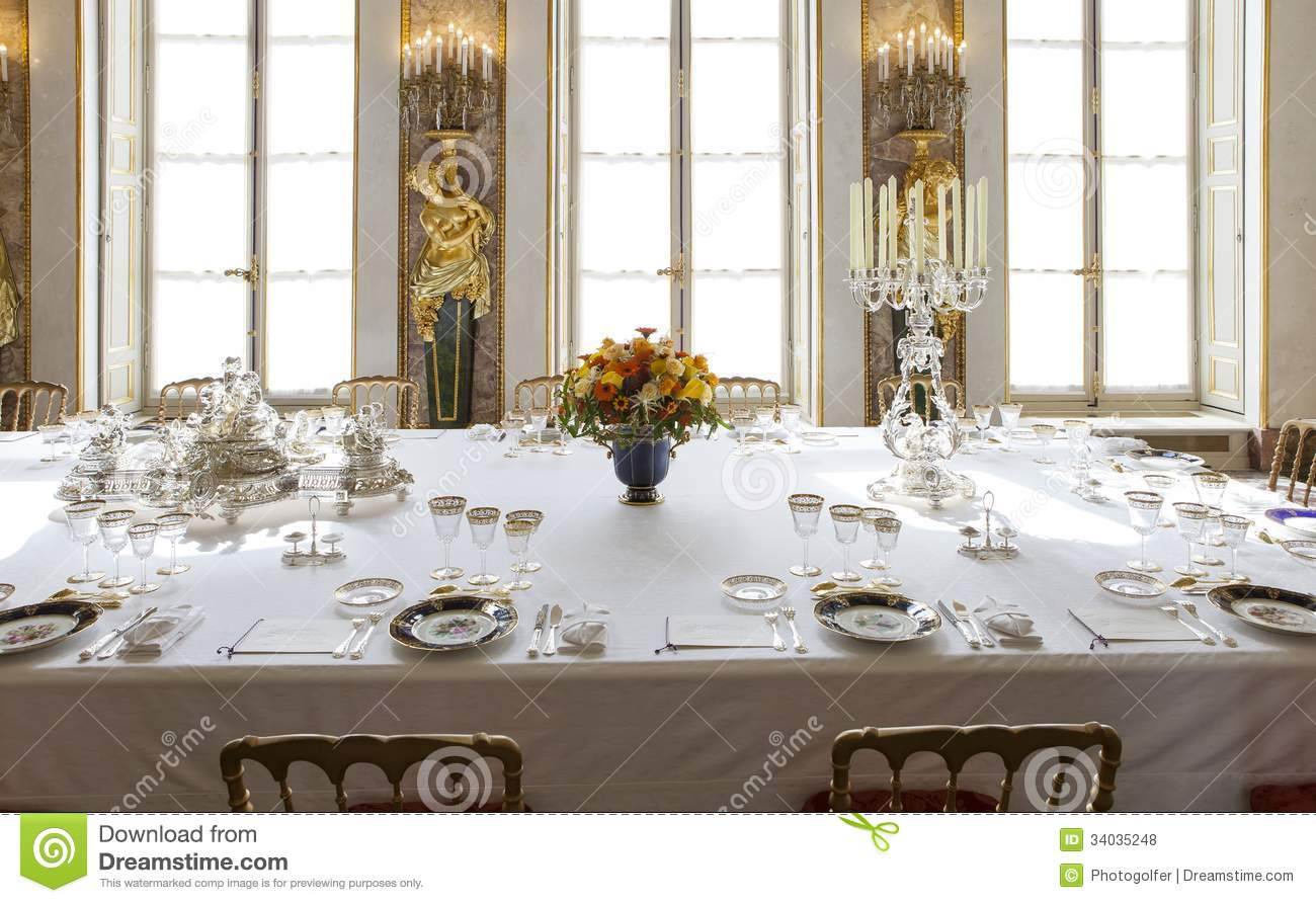 Baccarat Table Photos Free Royalty Free Stock Photos From Dreamstime