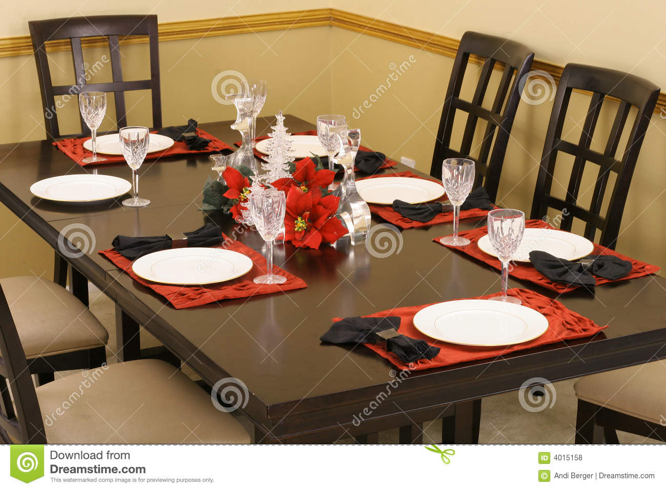 Lovely Dining Room Table Setting Royalty Free Stock Photos