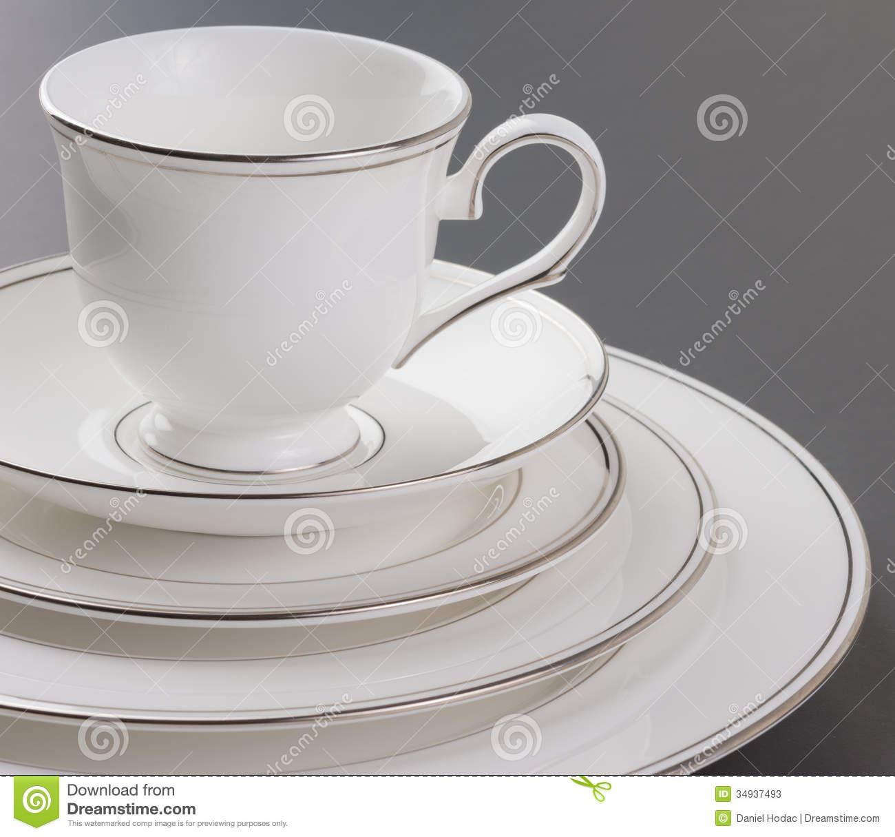Dinner Set Of Beautiful White Gold Rim And Cup Stock  : dinner set beautiful white gold rim cup black background 34937493 from www.dreamstime.com size 1300 x 1215 jpeg 105kB