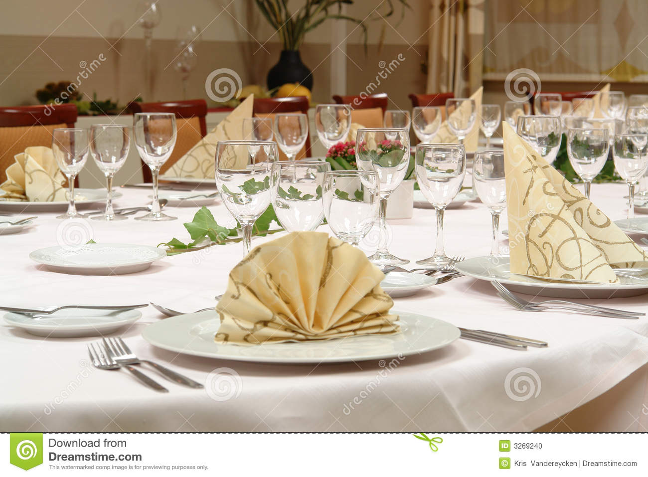 Setting A Dinner Table Magnificent With Dinner Table Set Up Picture