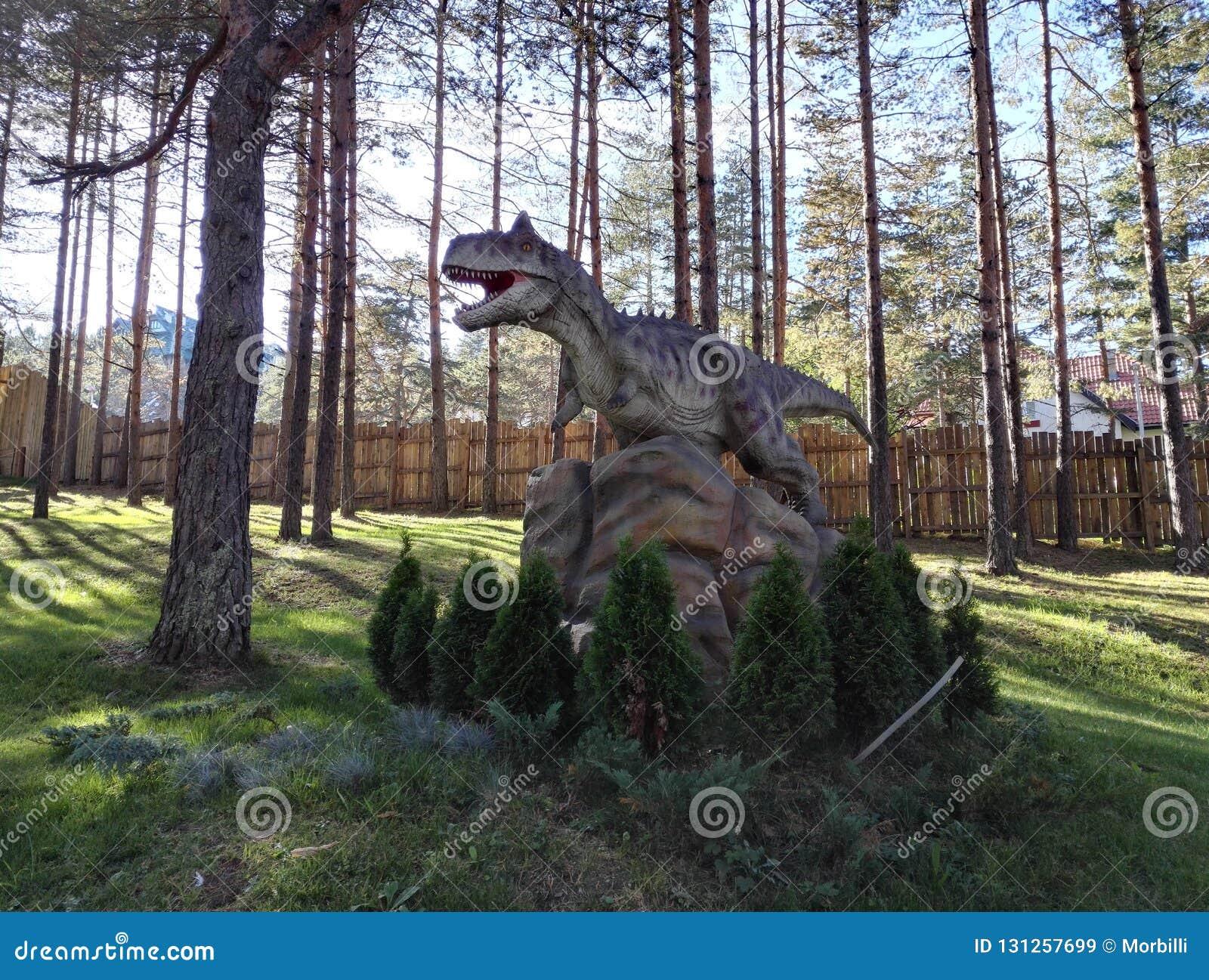 Dino Park Dinosaur Dino Park Adventure In Zlatibor Serbien Stockbild Bild Von Serbien Anziehung 131257699