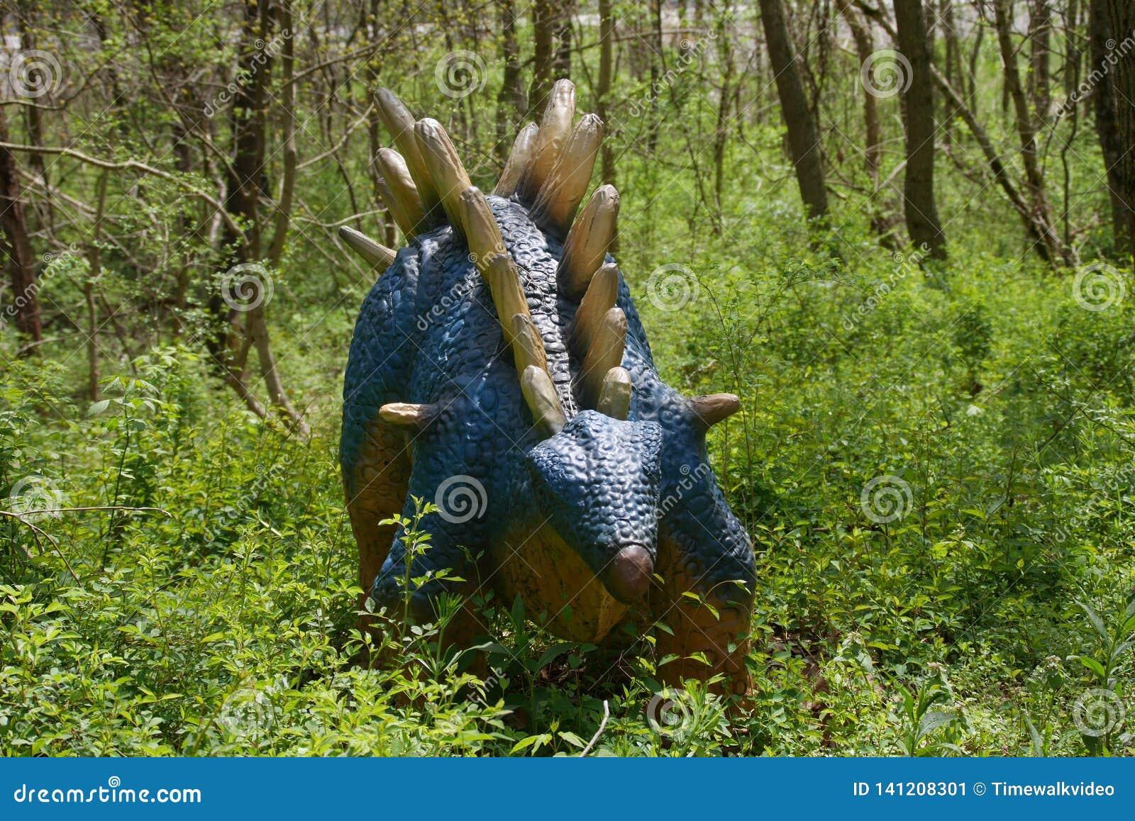 Dino World Kentucky, statue de Stegosaurus