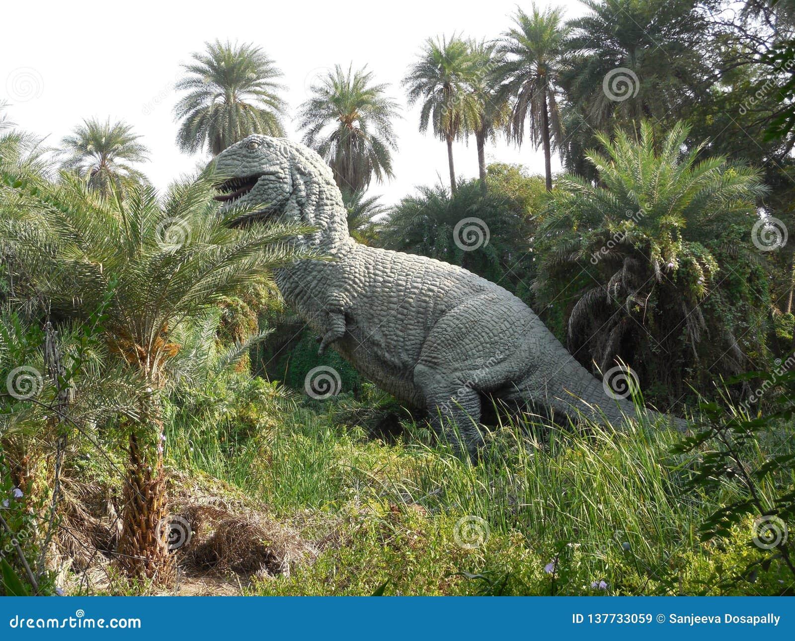 Dinosaurus in de dierentuin