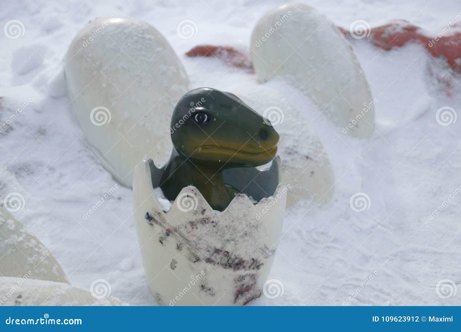 Dinosaurus in Sneeuw