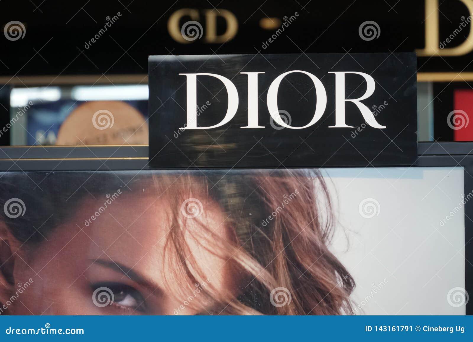 Dior signage
