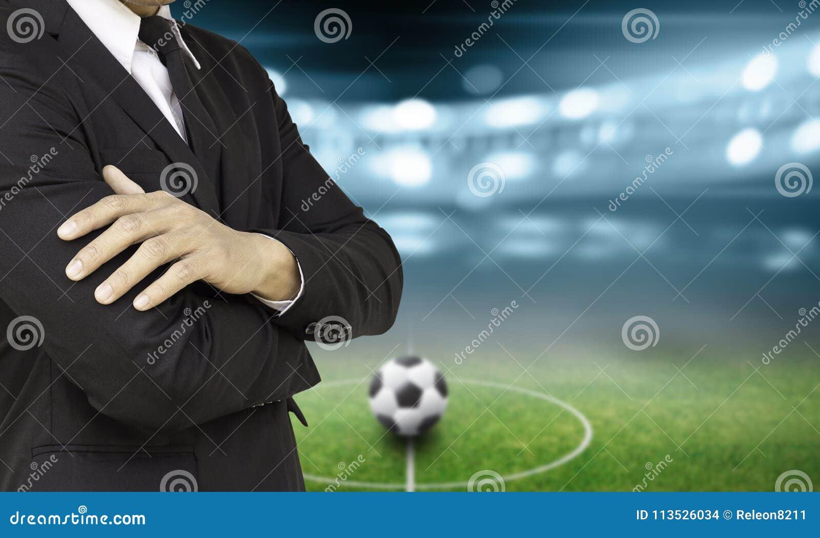 Directeur du football dans le stade
