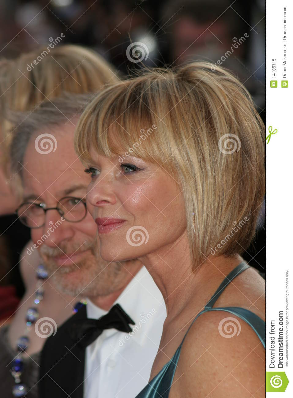 Five Great Kate Capshaw Hairstyles Ideas That You Can Share With