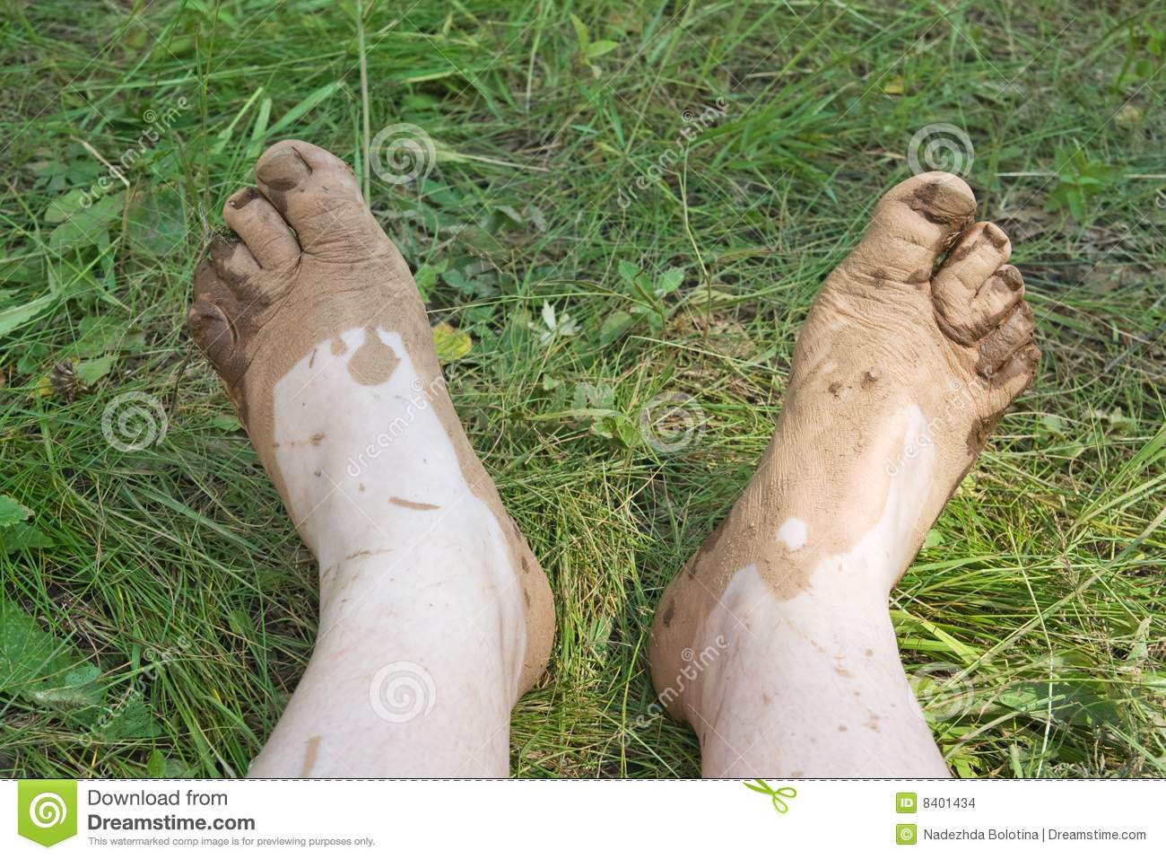 dirty-feet-8401434.jpg