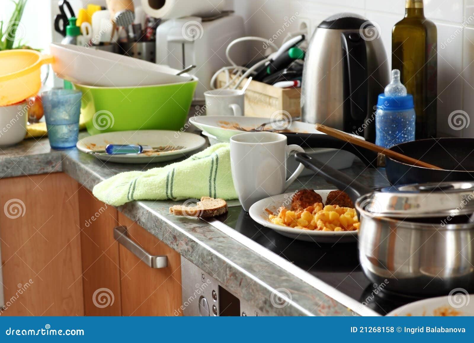 Dirty kitchen stock photo image of dish plates metal - Limpiar casa malas energias ...