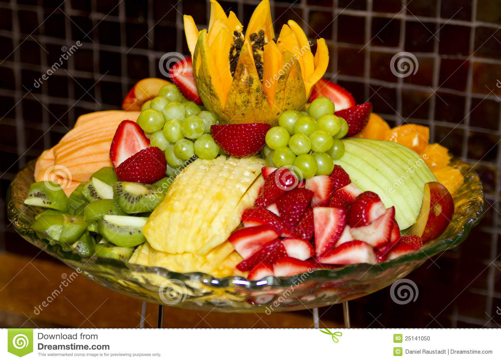 Resultado de imagen para bandejas decoradas con frutas