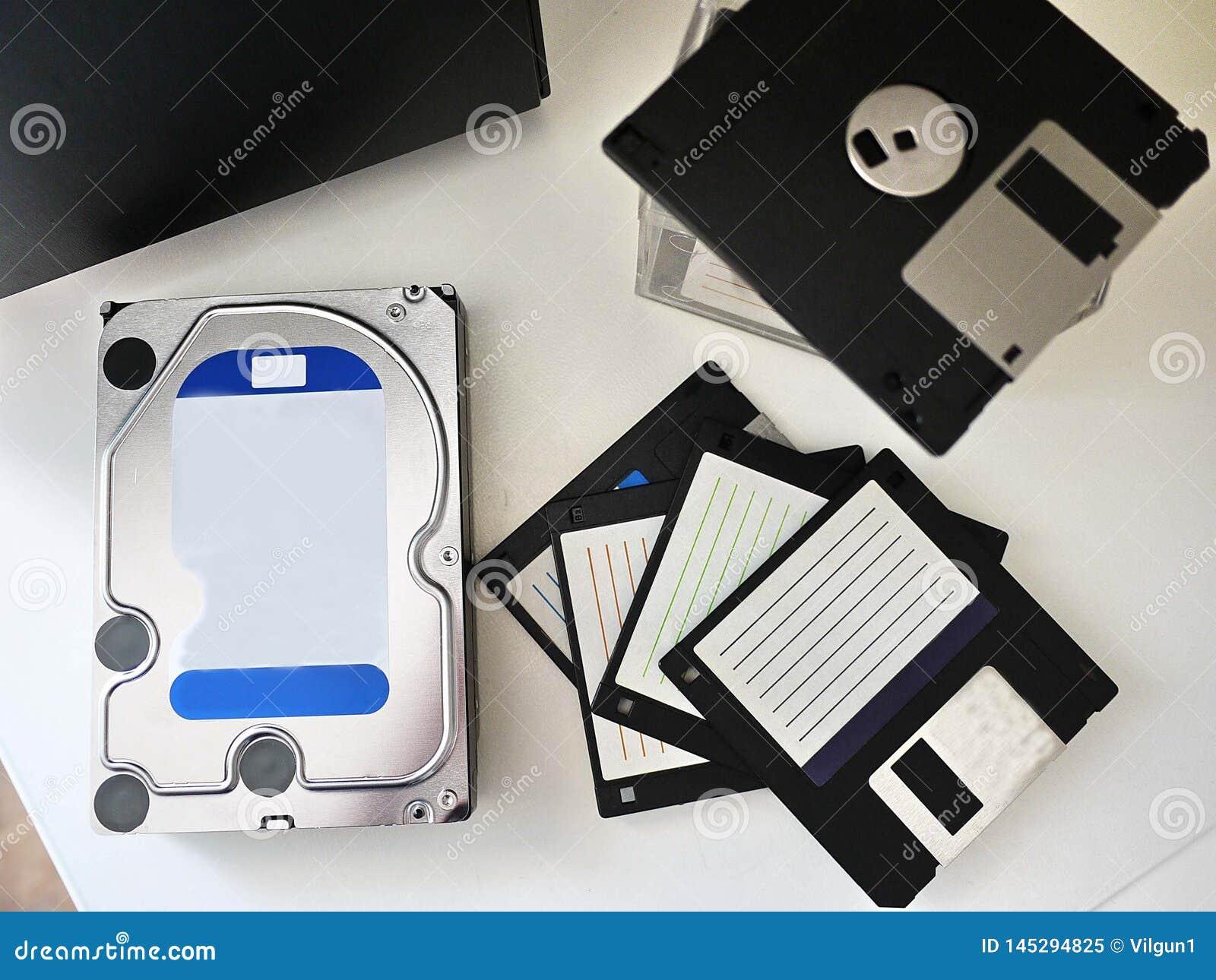 Disco r?gido do computador pessoal para armazenar meios e outros dados Detalhes e