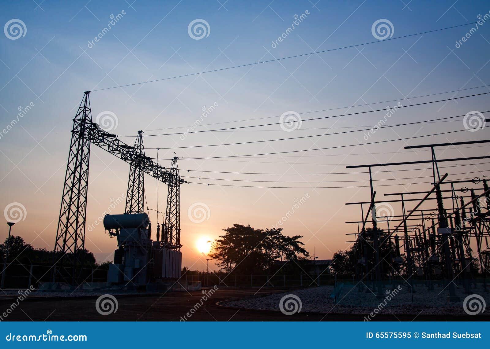 Disconexão de alta tensão do perigo da subestação do transformador