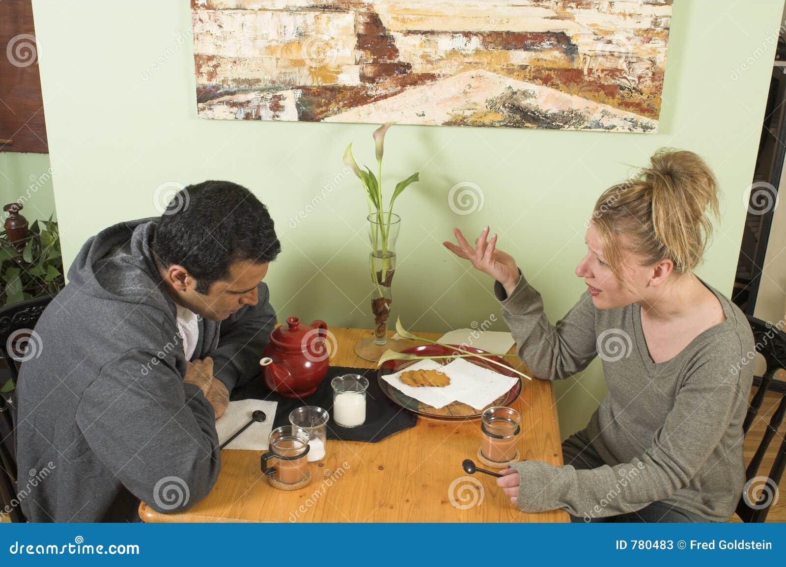 Discusión de los pares