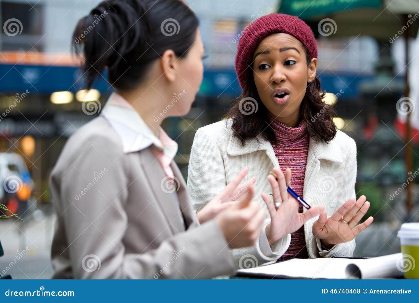 Discussion de réunion d affaires