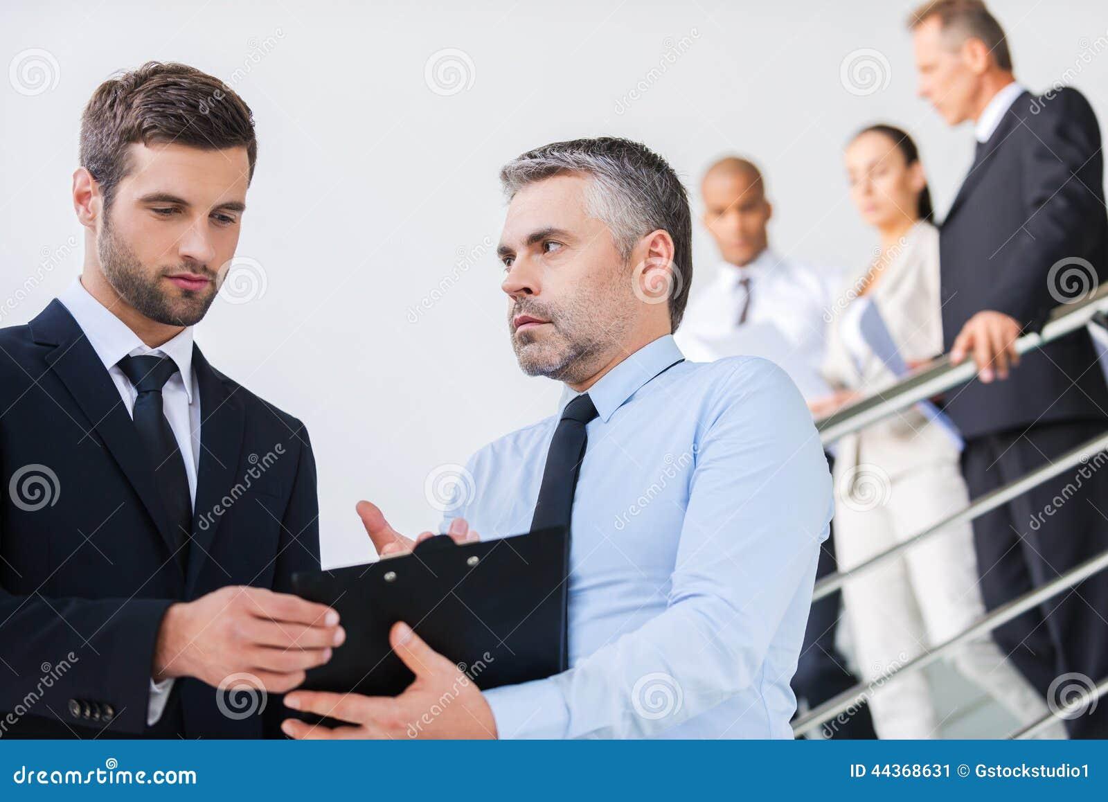 Discussione del contratto