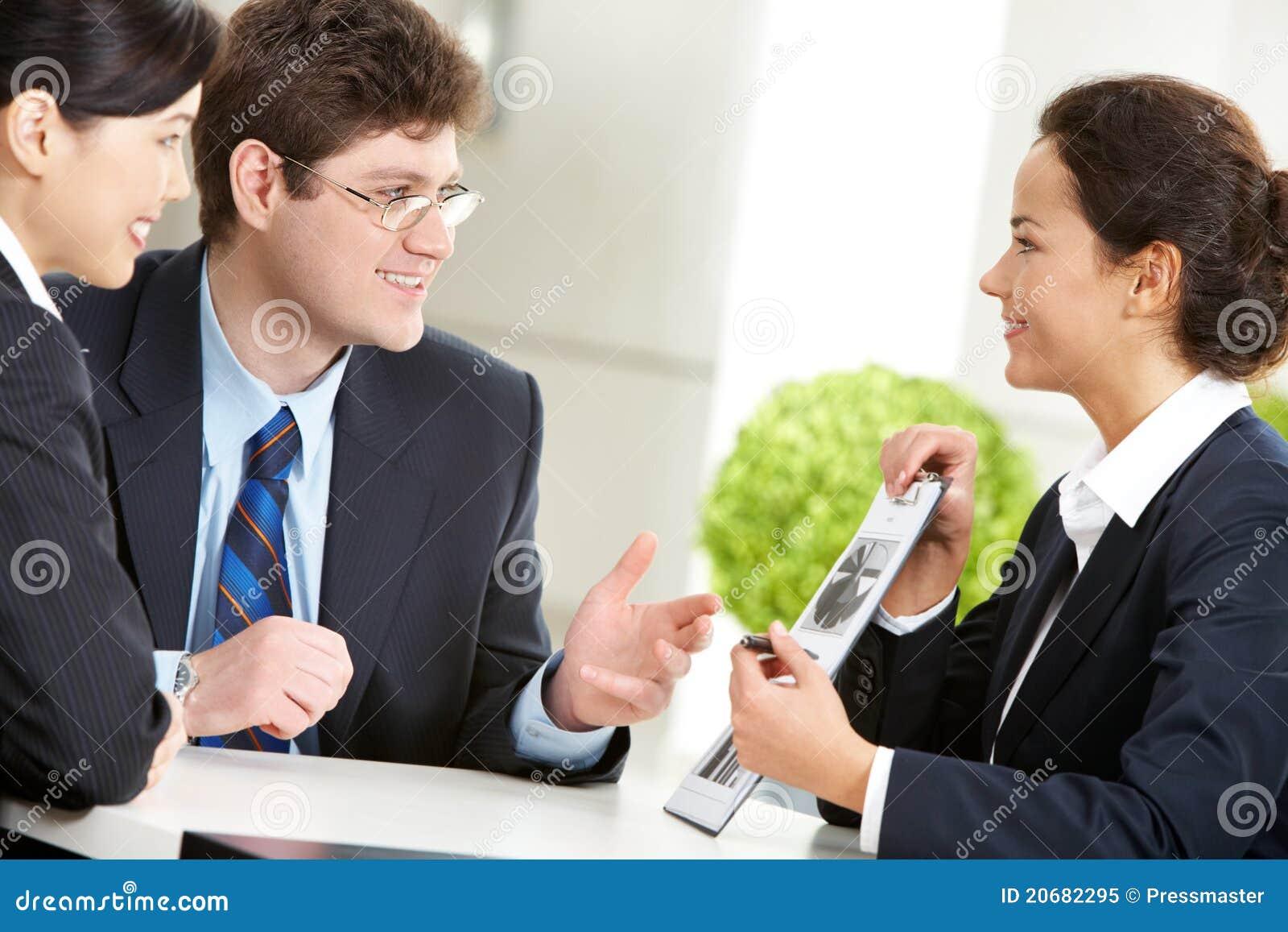 Discuter le travail