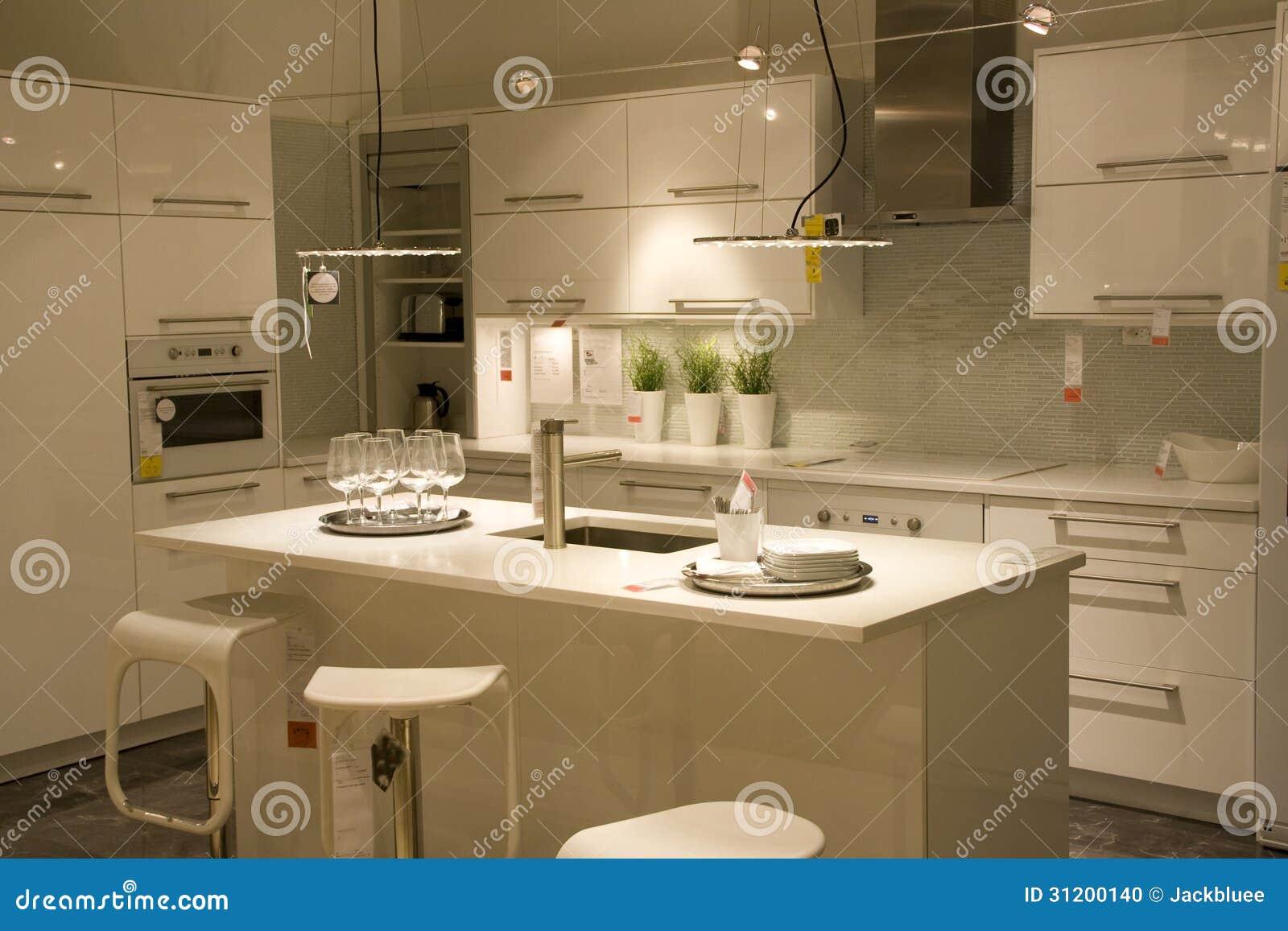 Dise o de interiores moderno de la cocina foto de archivo for Cocinas interiores fotos