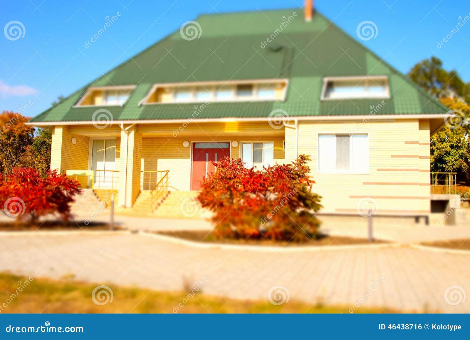 Dise o exterior de la casa arquitect nica de la casa de for Diseno casa planta baja