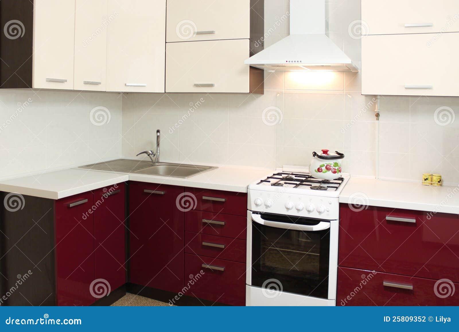 Dise o interior de la cocina dom stica foto de archivo for Diseno interior cocina