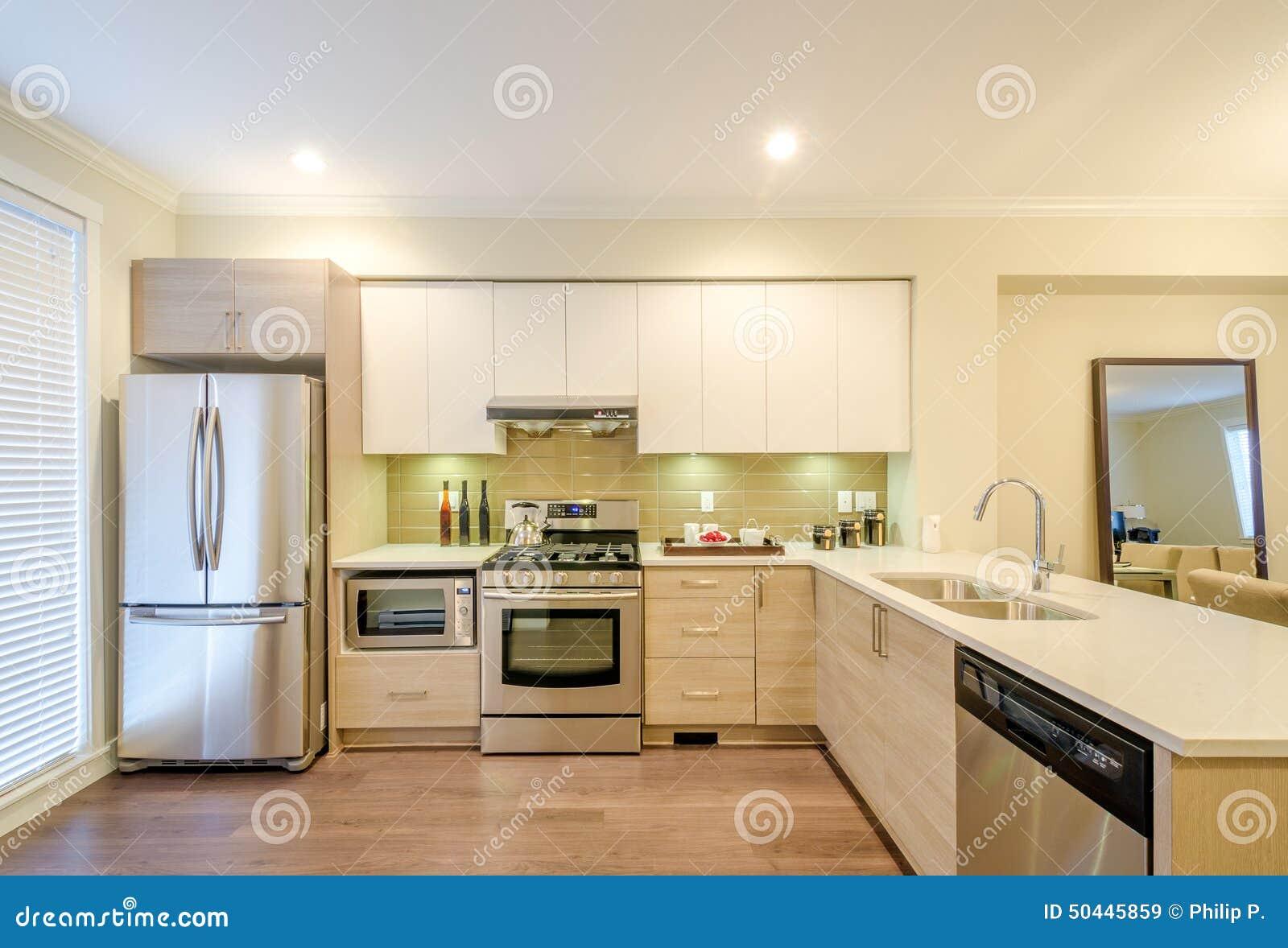 Diseño Interior De La Cocina Moderna Imagen de archivo ...