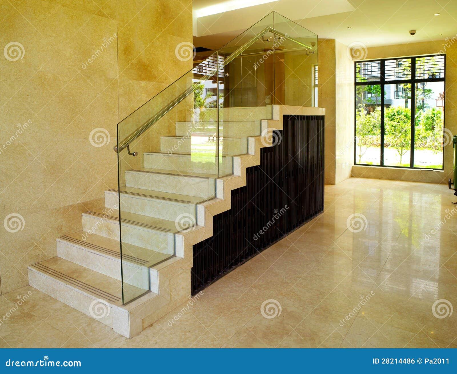 Dise o interior moderno escalera imagen de archivo libre - Diseno de una escalera ...