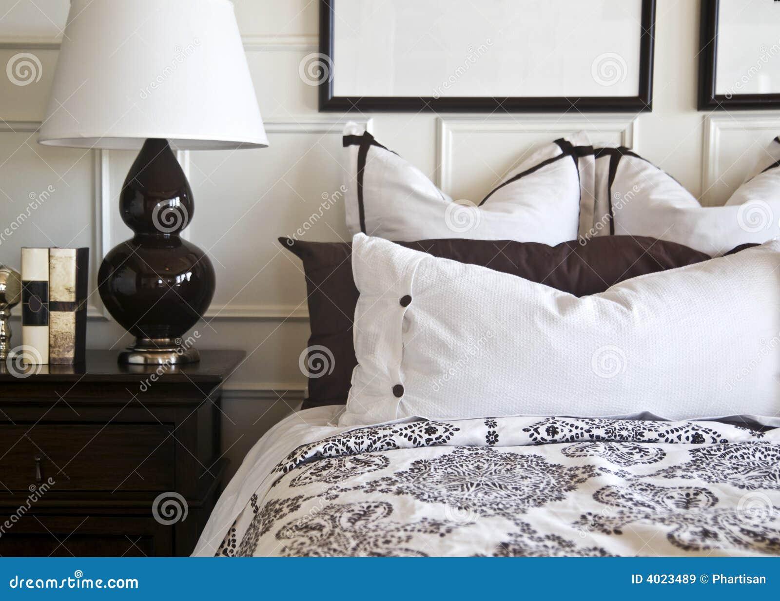 Disegno interno della camera da letto alla moda immagini for 3 disegni della camera da letto della base