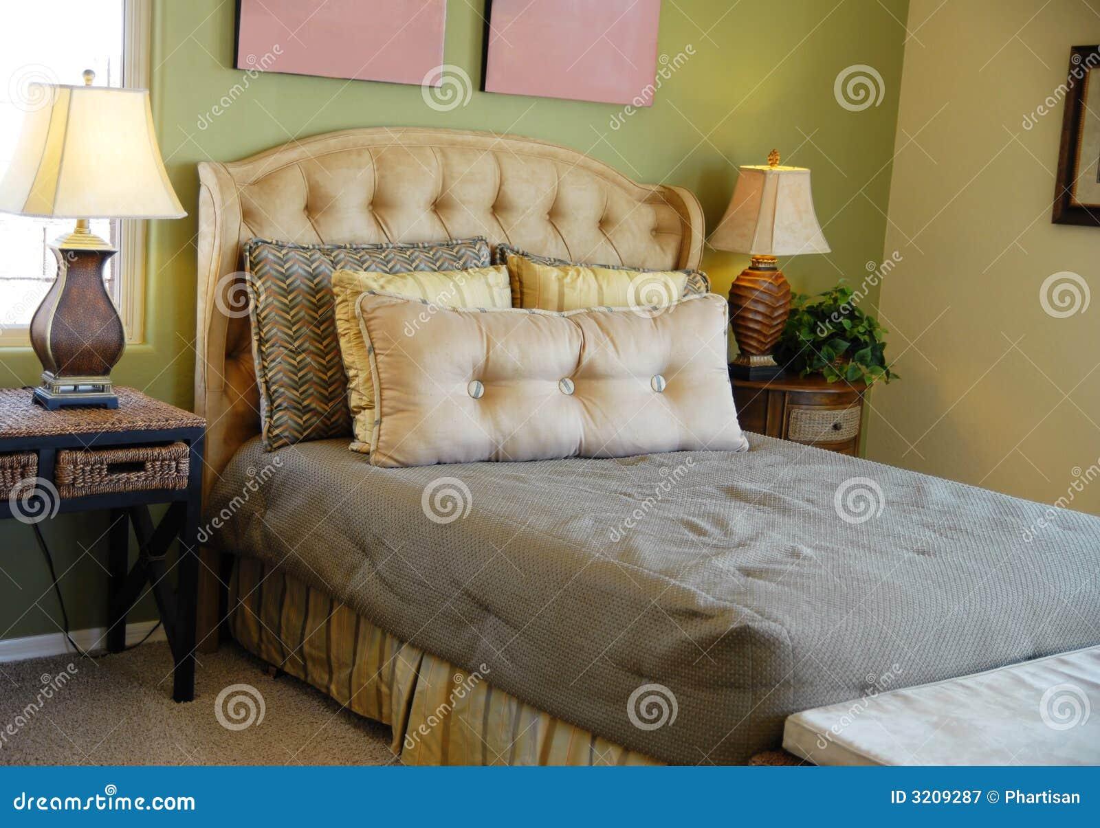 Disegno interno della camera da letto di lusso fotografia for Design della camera di lusso