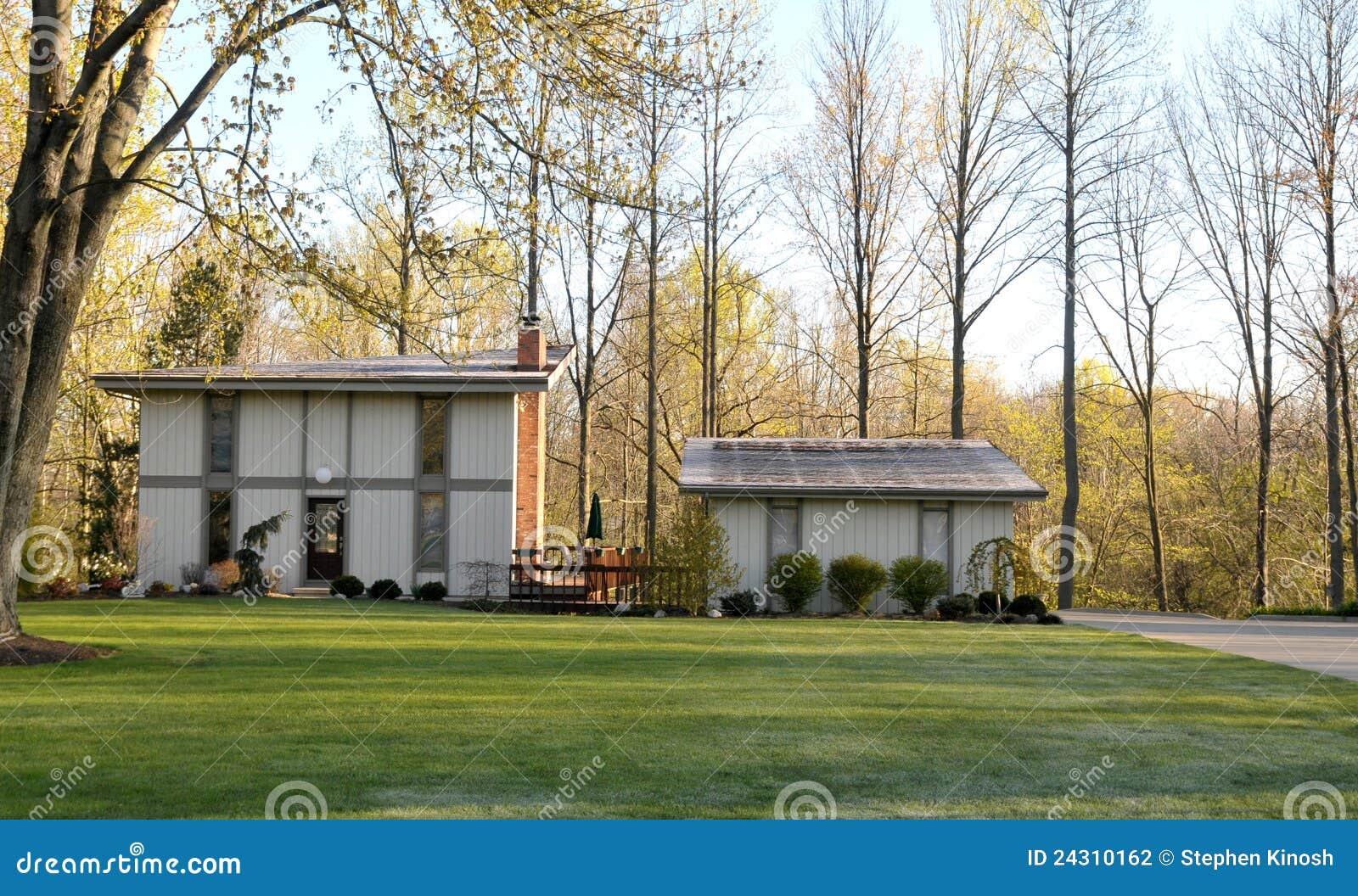 Disegno moderno di sacandinavian della casa unifamiliare for Disegno della casa di architettura
