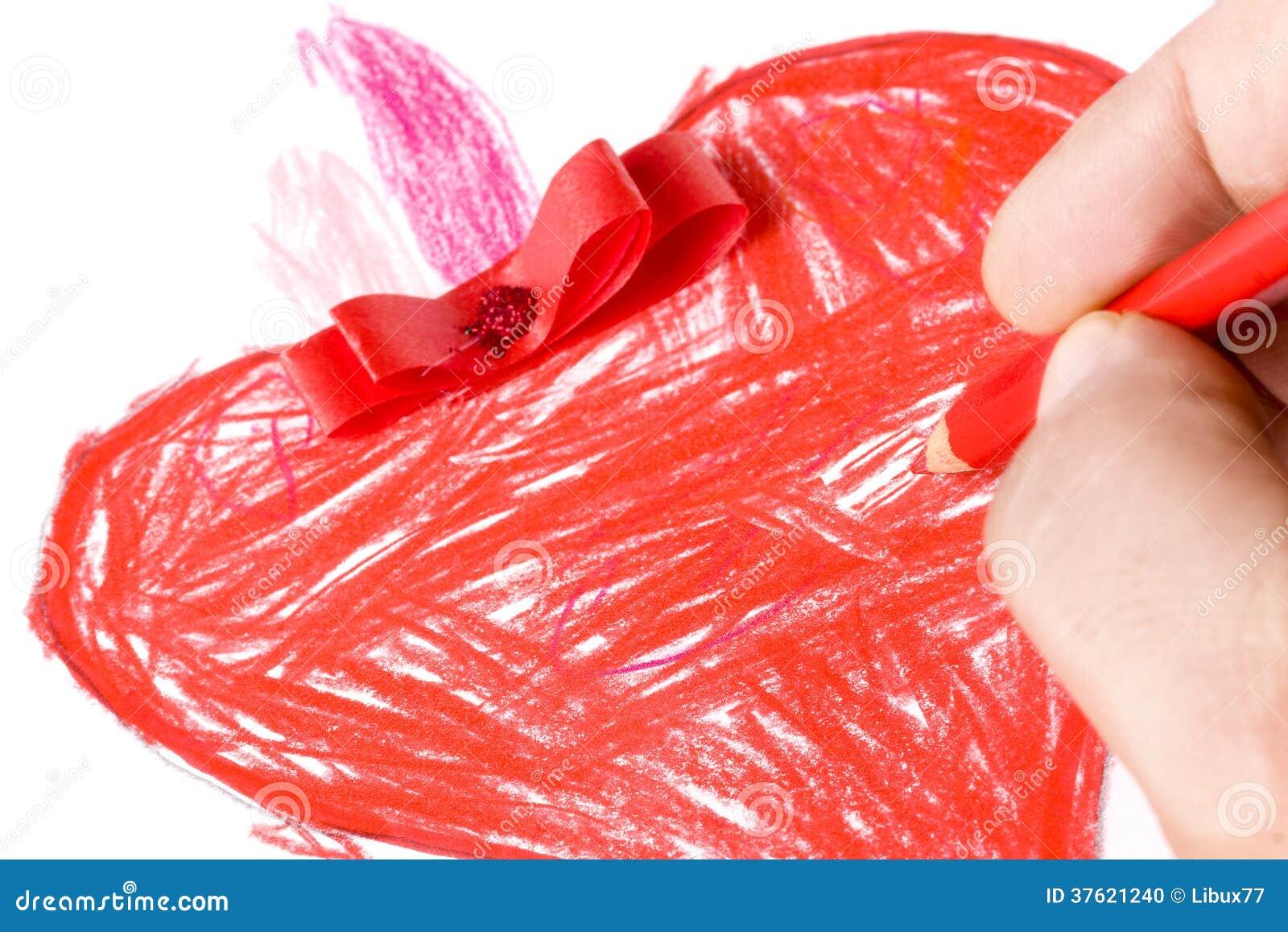 Disegno rosso del primo piano del cuore colorato mano for Disegno del piano online