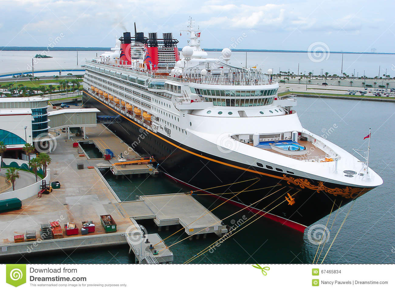 Disney cruise ship editorial stock image image of cape 67465834 - Port canaveral cruise lines ...