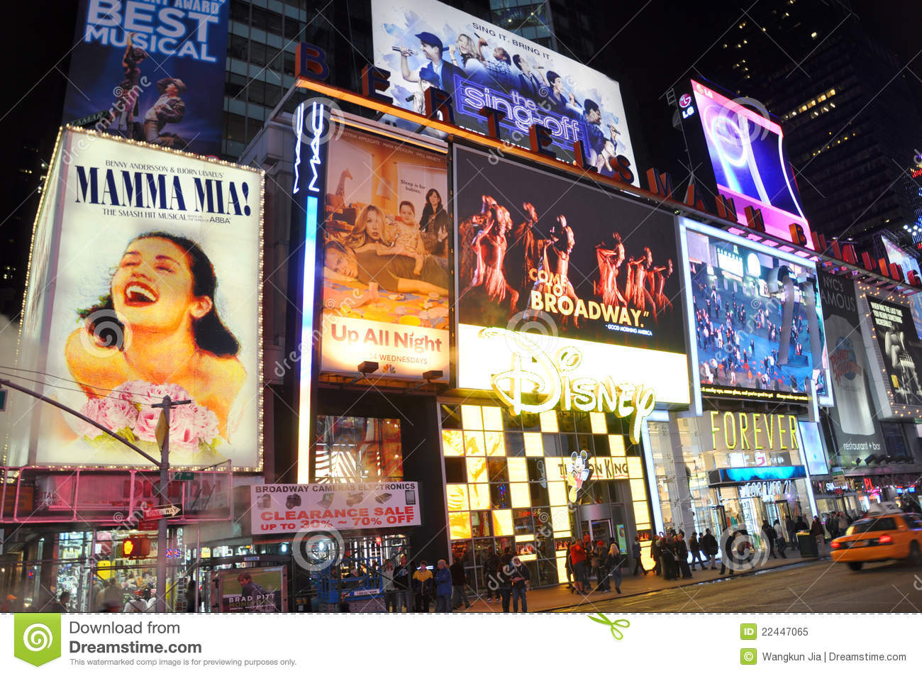 Clothing stores near times square Women clothing stores