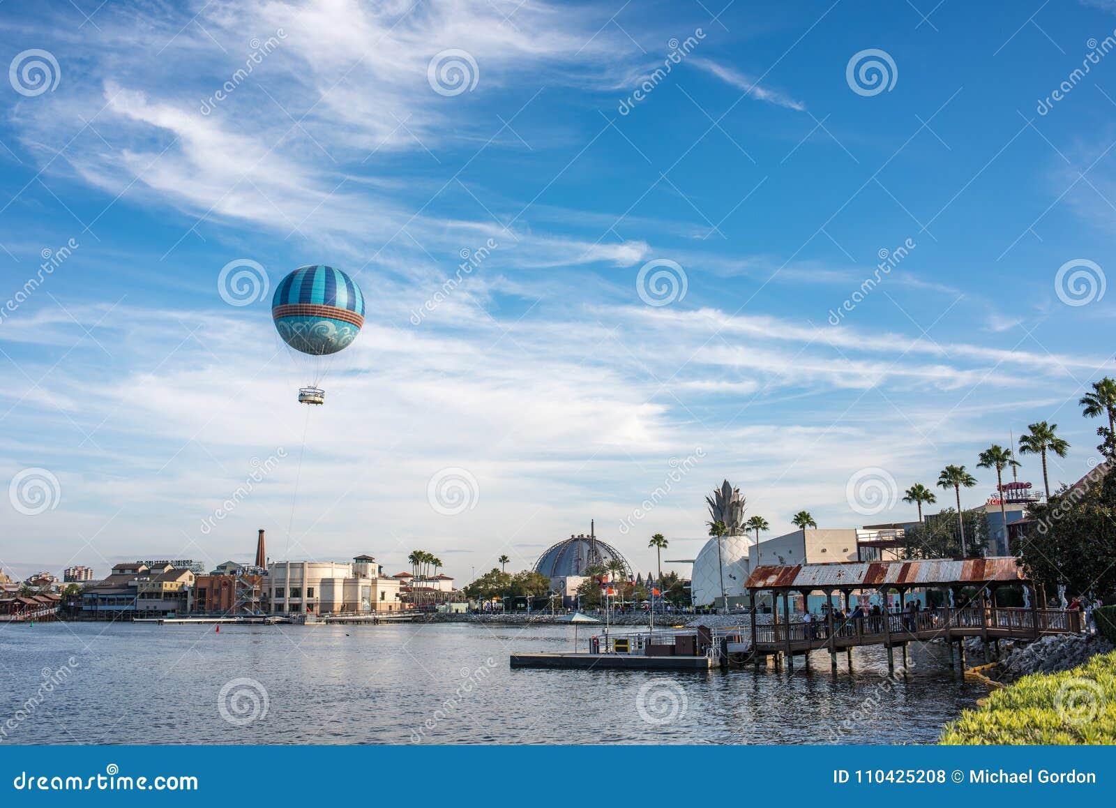Disney wiosny przy Walt Disney światem